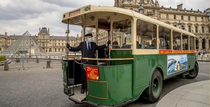 Tootbus Paris Vintage Louvre