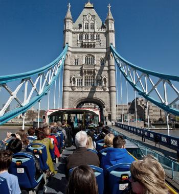 Tootbus London on Tower Bridge
