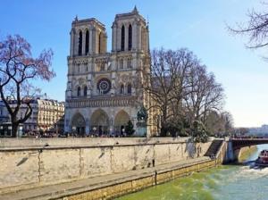 Tootbus Paris Kids Tour Notre Dame